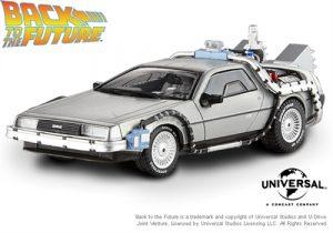 DeLorean Hot Wheels BTTF 2 1:18
