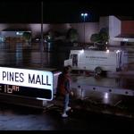 Twin Pines Mall nel film